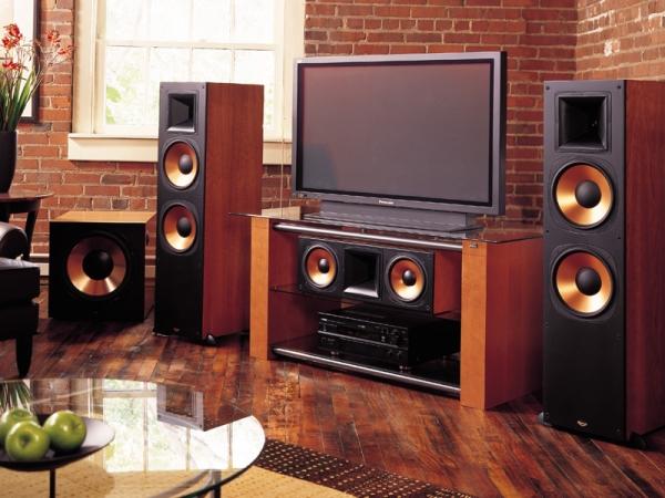 Как выбрать акустические колонки?