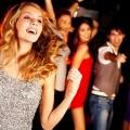 Как танцевать девушкам в клубе?